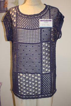 Discover thousands of images about Blusa Estilosa Linda Form Crochet, Crochet Cardigan, Filet Crochet, Crochet Lace, Spiral Crochet, Crochet Flower, Crochet Summer Tops, Vintage Crochet Patterns, Crochet Slippers