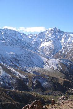 Monte Toubkal  (4.167 m), el más alto de la cordillera del Atlas. Morocco #Mountains #Outdoors