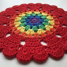 Rainbow with Hearts | Crochet Millan