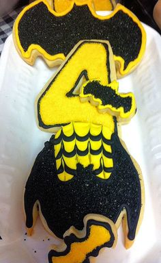 Batman Cookies Batman Cookies, Desserts, Food, Tailgate Desserts, Deserts, Essen, Dessert, Yemek, Food Deserts
