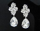 Pendientes de la joyería nupcial aretes de Dama de honor de la boda flores con zirconia cúbica oreja puestos y claro blanco cristal Swarovski rasgar las gotas
