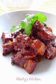 Minty's Kitchen: Caramelised Pork Pork Belly Recipes, Meat Recipes, Asian Recipes, Cooking Recipes, Healthy Recipes, Chinese Recipes, Hawaiian Recipes, Cooking Pork, Water Recipes