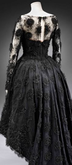 Tailored Cocktail dress by Michael Sherard. Lace with applique lace flowers, 1958.