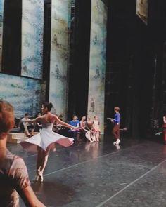 Ballet Dance Videos, Dance Choreography Videos, Ballet Class, Ballet Dancers, Ballet Pictures, Dance Pictures, Ballet Photography, Dance Poses, Ballet Beautiful