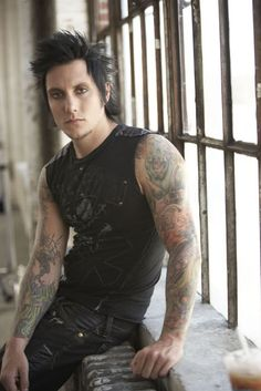 Syn Gates (Avenged Sevenfold)// I'm in love with this photo!