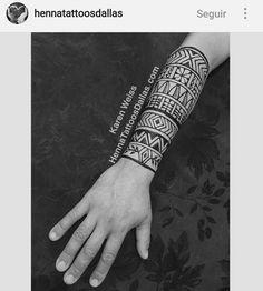 Henna tattoo men