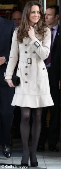Kate wearing the Burberry trenchcoat