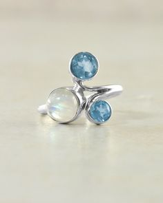 Crest Sterling Silver Ring Moonstone and Blue Topaz | Sivalya