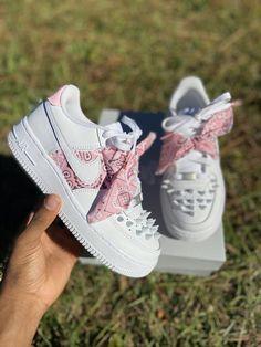Any color- Nike Bandana Jordan Shoes Girls, Jordans Girls, Girls Shoes, Tenis Nike Air, Nike Af1, Custom Af1, Custom Shoes, Cute Sneakers, Sneakers Nike