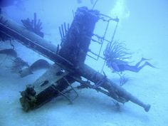 Wreck dive Hilma Hooker, Bonaire - aa7ae  http://www.flickr.com/photos/87241965@N00/371568924/
