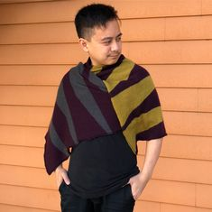 Sandra M. just completed her magnificent Icon scarf using their brand new yarn, Birch. Ray agrees this fabric is just to die… Birch, Knits, Knitwear, Knit Crochet, Fall Winter, Men Sweater, Brand New, Knitting, Fabric