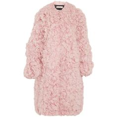 Marni Oversized shearling coat (736.880 RUB) ❤ liked on Polyvore featuring outerwear, coats, jackets, fur, pink coat, fuzzy coat, rose pink coat, sheep fur coat and pink oversized coat