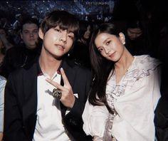Kpop Couples, Cute Couples, Photoshop 4, Chen, Taehyung Fanart, Girl Korea, Overlays Picsart, Fan Edits, Blackpink And Bts