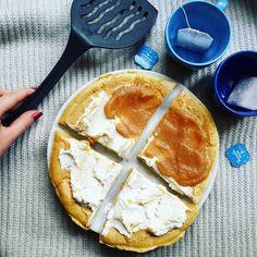 Masło orzechowe dżem domowy jabłkowy serek homogenizowiany i można zaczynać nowy dzień  #breakfast #omlette #fit #healthy #foodporn #kolorowo #zdrowo #yumm #polishgirl #jestemfit #beactiv #zdrowejedzonko #zdrowadieta #zdroweodzywianie #sniadanie #niceday #goodmorning #dziendobry #stayfit #motivation #gym #fitnessfoods #goodfood #happy #hungryhealthyhappy #fitgirl #fitbody #fitspo  by svnderv