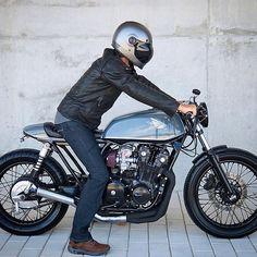 Hcb via Asphalt & Gravel Credit & visit Whisky, Biker Style, Motorcycle Style, Cb 500, Cafe Racer Bikes, Cafe Racers, Honda Cb750, Moto Bike, Catamaran
