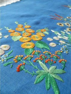 /erhav/embroidery-stitches-and-designs/  over 2,000 BACK