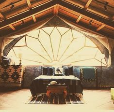 FB page of Sigi Koko house in Guatemala from Green Renaussabce Future House, My House, Interior And Exterior, Interior Design, Natural Building, Green Building, Earthship, Design Case, Dream Bedroom