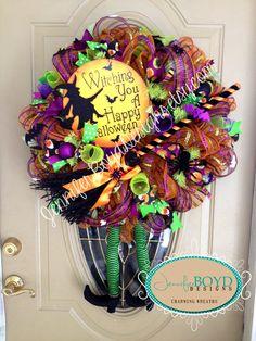Halloween Witch Deco Mesh Wreath by Jennifer Boyd Designs.  facebook.com/JenniferBoydDesigns JenniferBoydDesigns.etsy.com