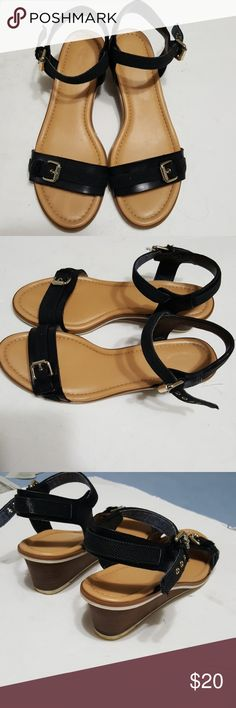 Dr Scholl's  womens shoes size 9.5 Super comfortable lower sandal wedges. Good used condition- no scuffing. dr scholls Shoes Wedges