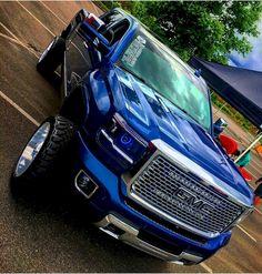 jacked up trucks chevy Lifted Chevy Trucks, Gm Trucks, Diesel Trucks, Cool Trucks, Pickup Trucks, Chevy 4x4, Mudding Trucks, Dodge Ram Diesel, Lowrider Trucks