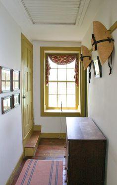 Historic J. Hummer House c.1851 - Hallway