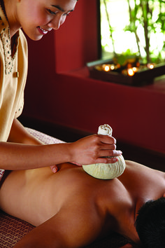 Healing Touch with Thai Massage | Photographs courtesy of Markus Gortz | Organic Spa Magazine