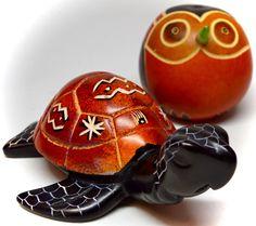 #Red kisii #stone #turtle from #Kenya & #gourd #bird from #Peru! #fairtrade #handmade