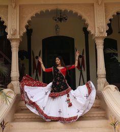 Untitled Chaniya Choli Designer, Garba Chaniya Choli, Garba Dress, Navratri Dress, Choli Dress, Lehenga Choli, Caftan Dress, Bridal Lehenga, Choli Blouse Design