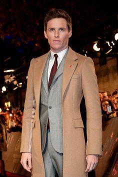 Eddie Redmayne, West End Theatres, Falling In Love With Him, British Actors, Gentleman Style, Favorite Person, Fantastic Beasts, Suit Jacket, Menswear