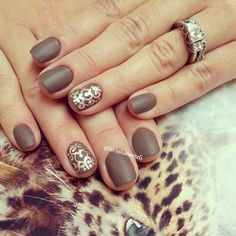 Nails Idea | Diy Nails | Nail Designs | Nail Art. -- matte, all nails same colour except for one finger
