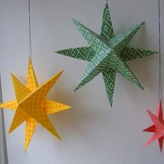 Super Simple Paper Stars...such simple and easy directions..going to make a bunch and hang from dtr's ceiling ;)