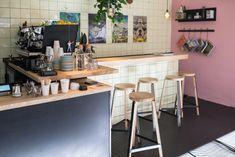 Bei Playground Coffee auf St. Pauli gibt es großen Kaffeegenuss für Specialty-Coffee-Freunde. Erfahrt hier mehr über den Laden und den Gründer dahinter.