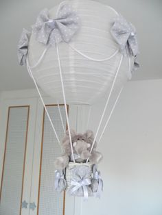 realizamos lamparas para decorar la habitacin de tu bebe lampara de techo de mesilla