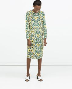 ZARA - WOMAN - GATHERED SEAM DRESS  Price: 79.90 Composition: Polyester
