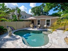 Casa Del Sur Vacation Rental in Sarasota Florida @BeachRentals.Mobi Famous Beaches, Siesta Key, Sarasota Florida, Level Homes, How To Level Ground, The Neighbourhood, Rental Homes, Tours, Vacation