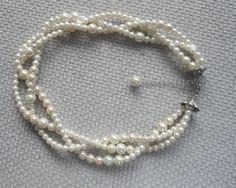 Ivory Pearl NecklaceWedding necklaceGlass Pearl by pearlandjewelry
