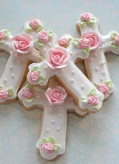 rosecottage.quenalbertini2: Cross with Rose Cookies | queenbee1924
