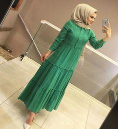 Hijab Evening Dress, Hijab Dress Party, Hijab Outfit, Evening Dresses, Hijab Fashion, Modest Fashion, Fashion Dresses, Islamic Fashion, Abayas