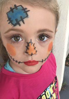Kids Halloween look incorporating limelife eyeshadows, perfect mascara and enduring lip color! Детский Макияж, Страшный Хэллоуин, Маски Для Лица, Хэллоуин, Художественный Макияж, Ремесла, Костюмы, Идеи, Волшебник Из Страны Оз