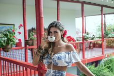 #travels #coffee #colombia #experience #valtikav #clothes #moda #modafemenina #women #flowers #fashion #viajes #trip Off Shoulder Blouse, Crop Tops, Flowers, Clothes, Women, Fashion, Moda Femenina, Venice, Haciendas