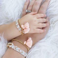 bracelets  branding  minnie  momlife  moments  babygirl  babyangel  Crianças Lindas e753e271ee945