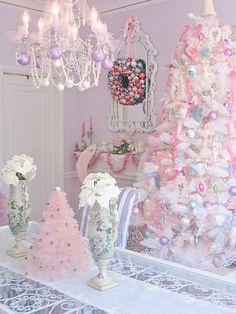If you love shabby chic, you will love these beautiful Christmas ideas. I hope they inspire you to create your own SHABBY CHIC CHRISTMAS ! Pink Christmas Tree, Shabby Chic Christmas, Noel Christmas, Christmas Colors, Beautiful Christmas, All Things Christmas, Vintage Christmas, Whimsical Christmas, Victorian Christmas