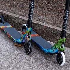 @blunt_scooters Prodigy S8 completes are ✅ IN STOCK and on sale now at Ripped Knees! 🔥 FREE £20 Scoot Pack too! Pro Stunt Scooters, Knee Scooter, Scooter Store, Scooter Custom, Aluminum Decking, Ripped Knees, Extreme Sports, Cool Names
