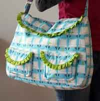 Lots and lots of free purse patterns here!