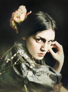 sarachmet | 转载]古典油画般的人像摄影│Sarachmet摄影作品