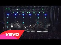 Demi Lovato - Neon Lights (tour warm up live on the Honda Stage)