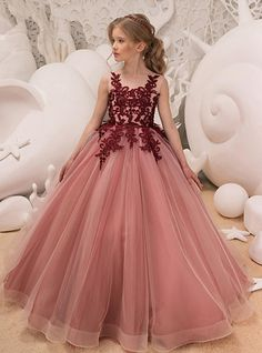Bridesfamily Charming Tulle Jewel Neckline Floor-length Ball Gown Flower Girl Dress With Beaded Lace Appliques Red Flower Girl Dresses, Girls Lace Dress, Lace Flower Girls, Dresses Kids Girl, Dress Lace, Tulle Ball Gown, Ball Gowns, Dusty Rose Maxi Dress, Holy Communion Dresses