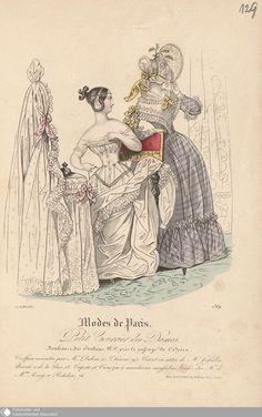 """Modekupfer aus """"Petit Courrier des Dames"""" von 1837. Links: Unterwäsche. Sie trägt eine Chemise mit kurzen Ärmeln, dazu ein Korsett aus Seidensatin mit Schließe vorn und ohne Träger, darunter außerdem einen Unterrock, alles in Weiß. Das ebenfalls weiße Kleid aus Musselin für darüber scheint über der Stuhllehne zu hängen. rechts: Ein Tageskleid mit weißer Pelerine und Schute."""
