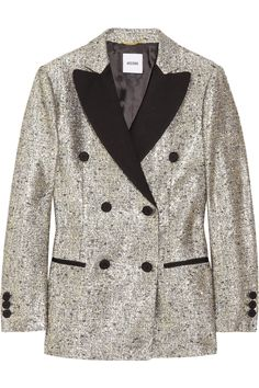 Metallic tuxedo jacket. A new closet staple? Well, hopefully in my closet it will be!