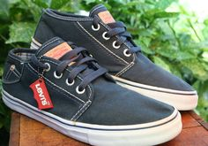 "Mens Levis Cotton Canvas ""Pocket"" Tennis  Shoes Navy Blue US 10  EUR 44  UK 9 #Canvas #Tennisshoes"